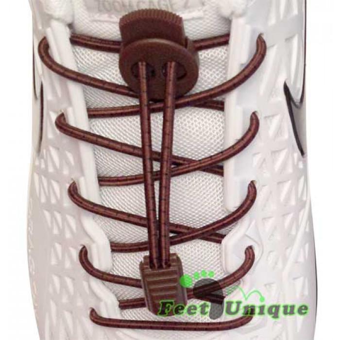 Cordones elásticos de rayas marrón oscuro